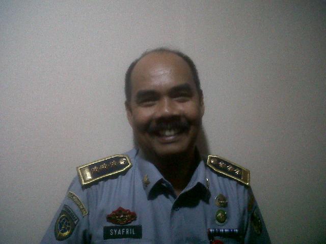 Tarif Angkot Naik Rp 1.100