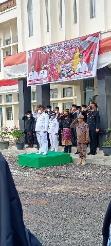 Camat Langgam Hadiri Upacara Peringatan HUT RI Ke-76 Tingkat Kecamatan Langgam